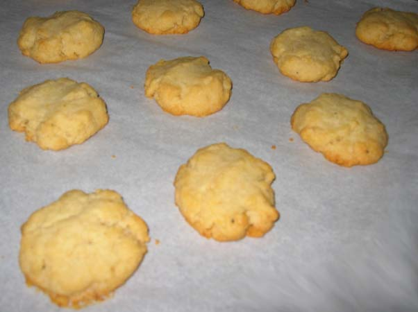 Giada Pecorino Crackers Close Up