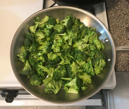 CI Sichuan Broccoli - Broccoli in Pan