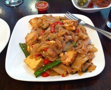 SriPraPhai Veg Drunken Noodles