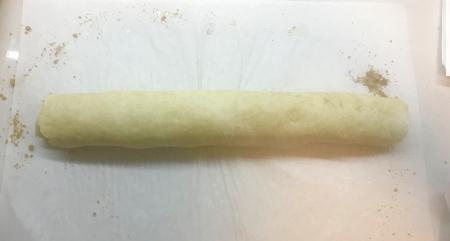 Ptak Cinnamon Rolls - Dough Rolled