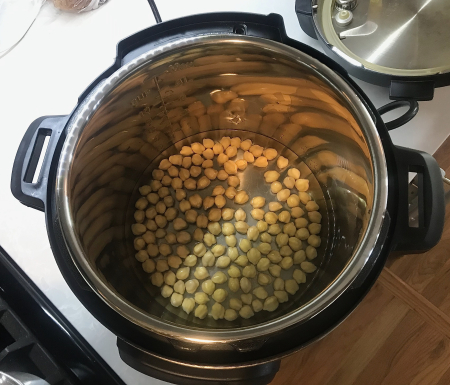 Madhur Jaffrey Tomato Ginger Chickpeas - Chickpeas for Instant Pot