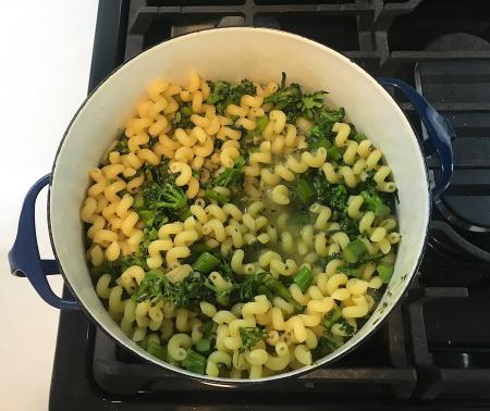 Broccolini Pasta - Pasta Almost Cooked